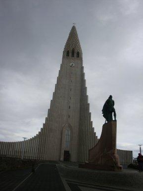 Hallgrimskirkja Church. Reykjavik, 2011.
